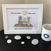 Steinbild Baby mit Trockenblumen  Bild 3