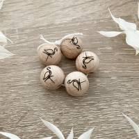 Holzperlen mit Gravur - Flamingo - Makramee Perlen - Wood Beads Bild 1