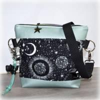 Gassitasche, Leckerlitasche & Kotbeutelhalter - Glow in the Dark, Gassibag Luna, Moon & Stars Bild 1