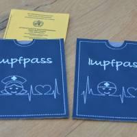 Impfpasshülle Kunstleder mit EKG & Krankenpfleger  Bild 3