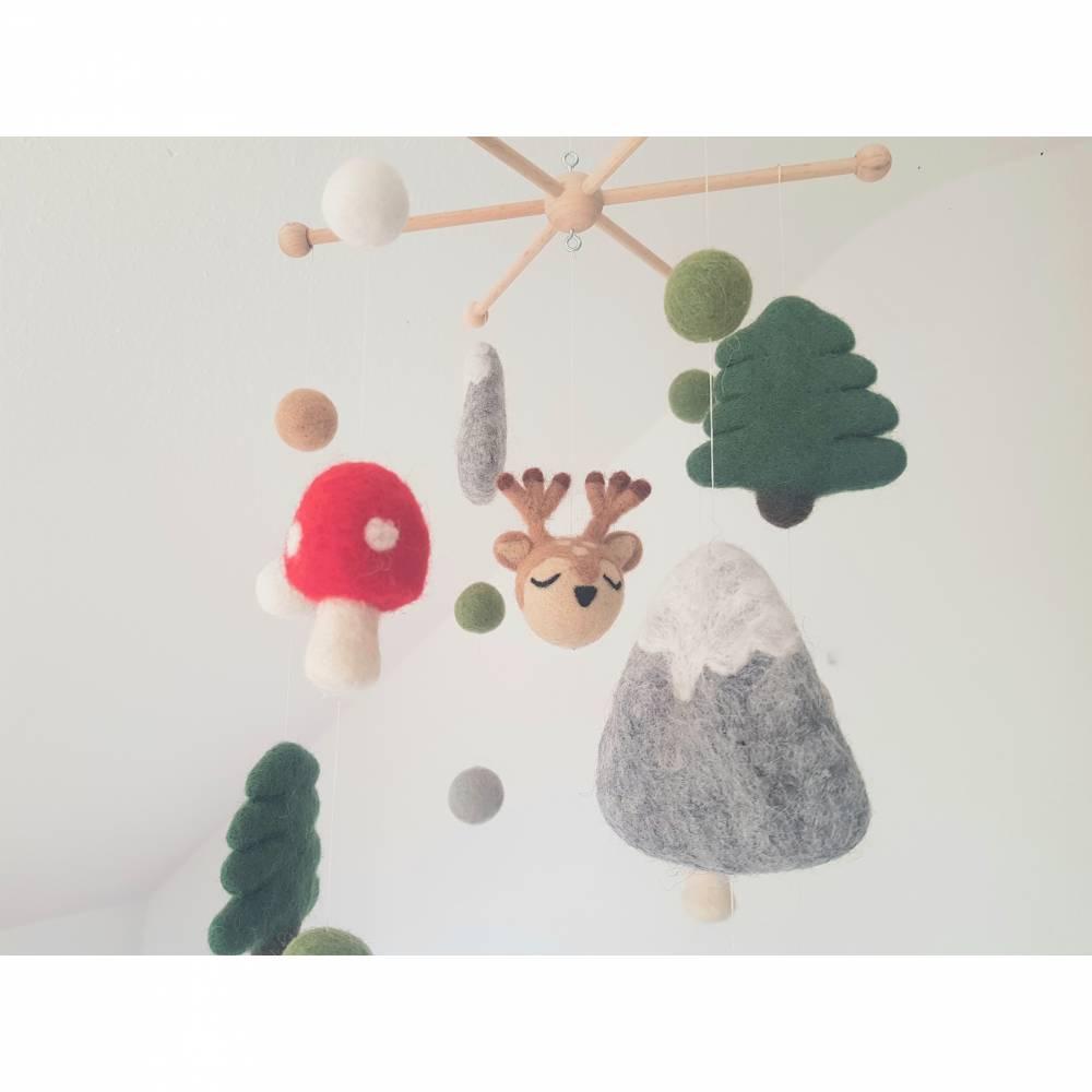 Mobile Wald, Reh, Pilze, Tannen, Berge Bild 1