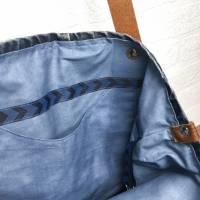 """katipunkt Schultertasche """"Jeans"""" mit Lederriemen - Jeans-Upcycling  Bild 6"""