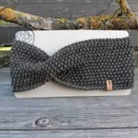 Stirnband mit Twist handgestrickt - Wolle (Merino) - dunkles khaki meliert Bild 1