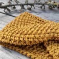 Stirnband mit Twist handgestrickt - Wolle (Merino) - goldgelb meliert Bild 3