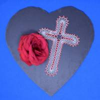 """geklöppeltes Kreuz """"Liebe"""" Bild 3"""