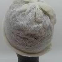 Sommerbeanie aus weißer Schurwolle Bild 4