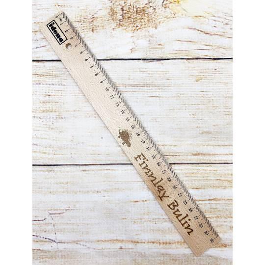 Lineal mit Wunschgravur, 30 cm, personalisiert, Geschenk für die Einschulung / Schulanfang Bild 1