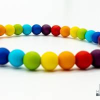 Regenbogen Perlen Armband Bild 4