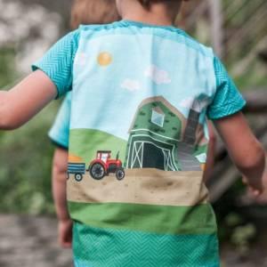 """Jersey-Stoff Bauernhof Trecker Traktor Bauer """"Farm Holidays #teal"""" (1 Panel 0,65m) türkis für Kinder Jungen Mädc Bild 6"""