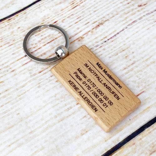 Schlüsselanhänger, personalisiert mit den Kontaktdaten der Eltern, für Schulkinder