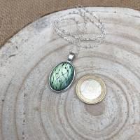 """Kette """"Perlengirlande"""", 25 x 18 mm Cabochonkette mit Motiv, grüngelb metallic, irisierend, handbemalt Bild 5"""