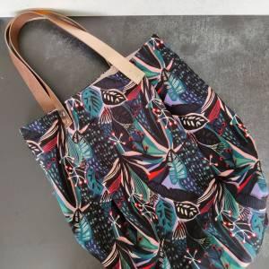 Große Einkaufstasche aus Canvas in floral gemustert mit Lederhenkel Bild 4
