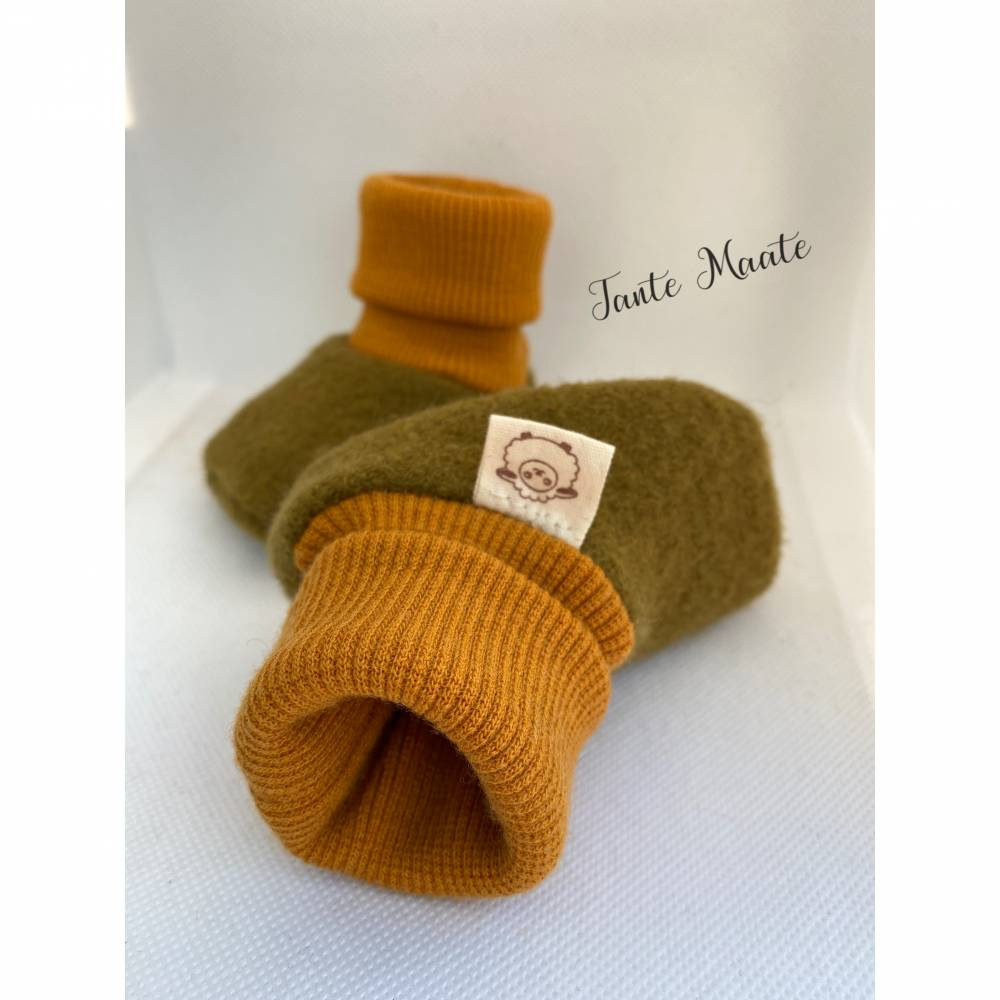 Bio-Walkschuhe - Merinowollbündchen (kbT), Trageschuhe, Babyschuhe aus Schurwolle - goldgrün  Bild 1