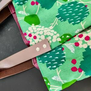 Große Einkaufstasche aus Canvas in grün mit Lederhenkel Bild 2