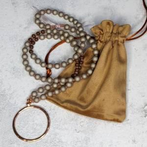 Halskette aus Glasperlen mit Anhänger in rosegold Bild 1