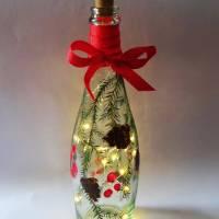 Leuchtflasche, Flaschenlicht, Tanne mit Zapfen, mit LED-Lichterkette, Advent-, Weihnachts- Deko, Bottlelight Bild 1