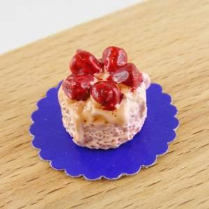 Puppenhaus Miniatur Erdbeer-Sahne-Torte Bild 1