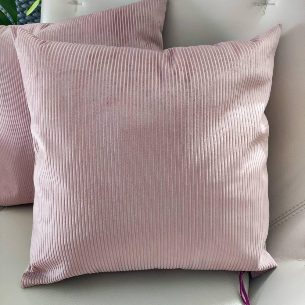 Samtkissen in rosa  Cord Optik Bild 1
