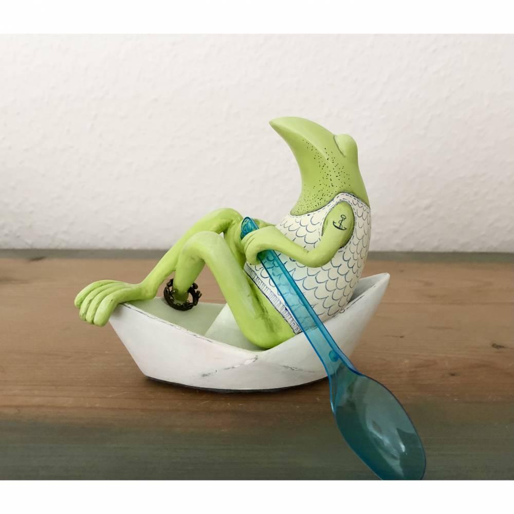 Neptun, der Frosch der Meere, Meer, Meeresgott, Frosch, Frosch Skulptur, Frosch Figur, Neptun, Frosch in Papierschiff, F Bild 1