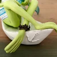 Neptun, der Frosch der Meere, Meer, Meeresgott, Frosch, Frosch Skulptur, Frosch Figur, Neptun, Frosch in Papierschiff, F Bild 2