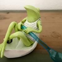 Neptun, der Frosch der Meere, Meer, Meeresgott, Frosch, Frosch Skulptur, Frosch Figur, Neptun, Frosch in Papierschiff, F Bild 7