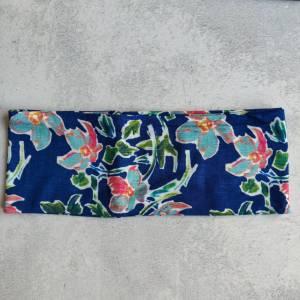 Mütze, Loop und Stirnband in blau mit Blumen Bild 3