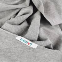 Großes, kuschliges Dreiecktuch / Schultertuch in Grau aus Sweatstoff in zertifizierter Qualität Bild 4