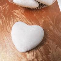 12 St. Herz aus Marmor in weiß - als Tischkarte , Hochzeitsdeko ....  Herz zum basteln oder dekorieren Bild 3