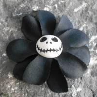 Skull , Jack, Haarspange oder Haargummi ,  Plumeria, , Stoff, Hibiskus , Blume, schwarz  Bild 1