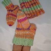 Frühchen, Babysocken, Set aus Mütze und Socken für Frühgeborene Babys Bild 4