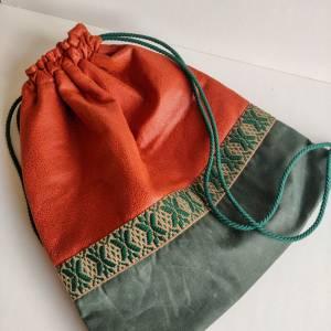 Yogatasche - Gymbag aus Kunstleder und Oilskin in cognac und dunkelgrün Bild 2