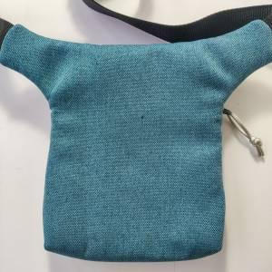 Hüfttasche  aus blauem Kunstleder in CAIMAN Optik Bild 6