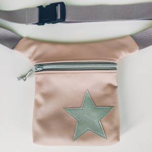 Hüfttasche aus rosa Kunstleder mit Stern Bild 1
