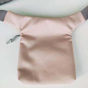 Hüfttasche aus rosa Kunstleder mit Stern Bild 2