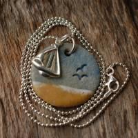 Echte Silberkette mit einem maritimen Keramik-Kettenanhänger und einem silbernen Segelboot Bild 4