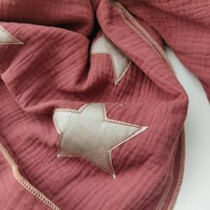 Musselintuch in rostrot mit beigen Glitzer Sternen Bild 4
