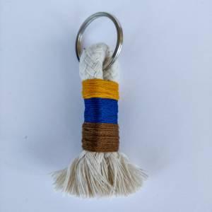 Schlüsselanhänger aus Baumwollseil Bild 2