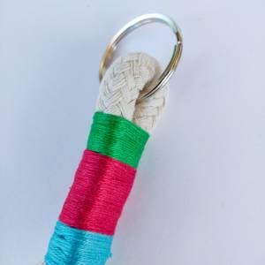Schlüsselanhänger aus Baumwollseil Bild 9