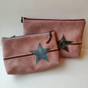 Kulturtasche aus rosa Kunstleder in zwei Größen mit STERN Bild 1