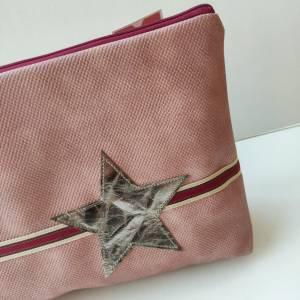 Kulturtasche aus rosa Kunstleder in zwei Größen mit STERN Bild 3