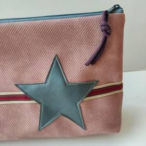 Kulturtasche aus rosa Kunstleder in zwei Größen mit STERN Bild 5