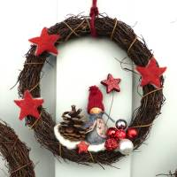 Türkranz aus Weide, Winterkranz, Deko-Kranz für den Winter, Adventskranz mit Wichtel, Naturkranz für Weihnachten Bild 6