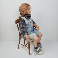 Große Künstlerpuppe mit Stuhl - Porzellan Handarbeit Gabi Ziehm Mayen Bild 3