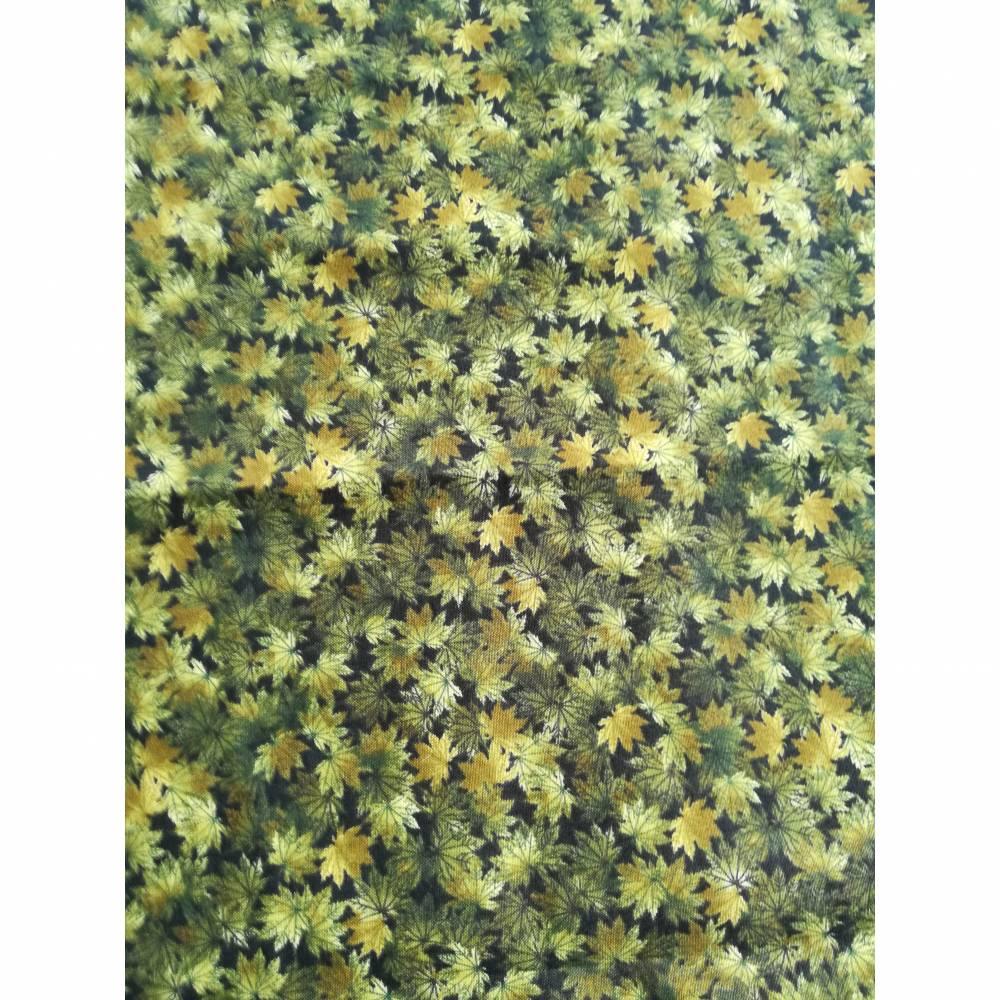 Patchworkstoff - kleine olivgrüne Blättchen, Robert Kaufmann Nr. 055 Bild 1