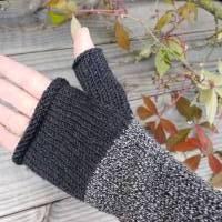 Armstulpen - Handstulpen - Pulswärmer aus Wolle (Merino) - anthrazit / grau Bild 4