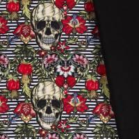 Softshell  mit Fleece -  Abseite, Totenkopf Skulls Streifen Digital Druck schwarz( 1m/18,00€ ) Bild 1