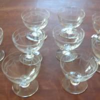 9 Sherry / Likör Gläser mit wunderschöner Nadelgravur aus den 30er Jahren  Bild 1