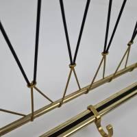 50er Jahre Garderobe mit Hutablage- Rockabilly Wandgarderobe mit schwarz goldenen Leinen Bild 3