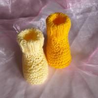 Babyschuhe Frühchen gestrickt Sohle ca. 8 cm Bild 2