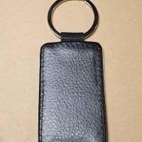 Schlüsselanhänger aus Kunstleder, quadratisch, Mädchen mit Pony / Pferd Bild 3